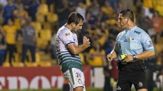 Carlos Izquierdo en el partido contra Tigres
