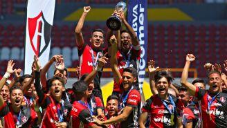 Jugadores de Atlas Sub 15 festejan tras ganar el título del C2018