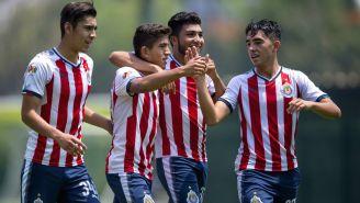 Chivas Sub 17 festeja gol frente al Atlas