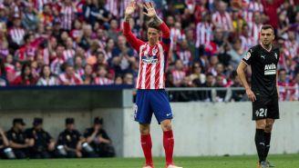 Torres agradece a la afición al finalizar el encuentro
