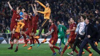 Roma celebra pase a Champions League