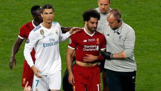 Mohamed Salah abandona la cancha entre lágrimas