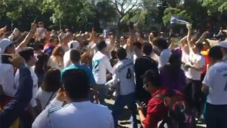 Seguidores del Real Madrid celebran en La Cibeles de la CDMX