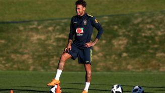 Neymar, durante un entrenamiento con Brasil