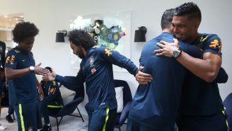 Marcelo y Casemiro saludan a compañeros en la selección