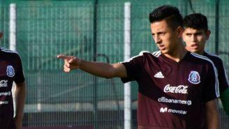 Alvarado en un entrenamiento del Tri Sub 21