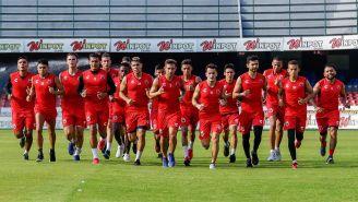 Jugadores de Veracruz entrenan en el Luis 'Pirata' Fuente