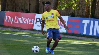 Fabra en un entrenamiento de Colombia
