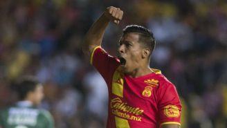 Ángel Sepúlveda festeja un gol con su exequipo Morelia
