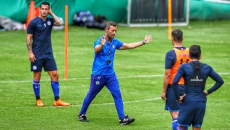 Caixinha dirige entrenamiento de Cruz Azul