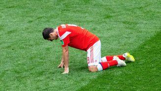Alan Dzagoev, tras su lesión en inauguración de Rusia 2018