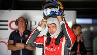 Memo Rojas durante una carrera