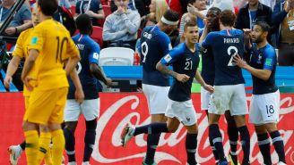 Pogba celebra su anotación contra Australia en Rusia