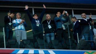 Maradona, en uno de los palcos del Estadio del Spartak