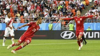 Yussuf Poulsen festeja su gol contra Perú en Rusia 2018