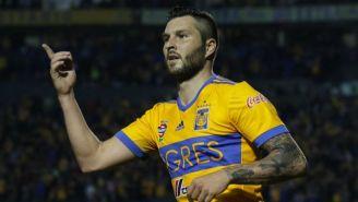 Gignac festeja gol con Tigres