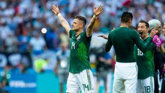 Javier Hernández celebra el triunfo de México contra Alemania