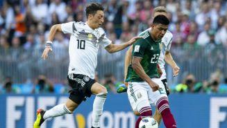 Jesús Gallardo intenta escaparse de la marca de Özil