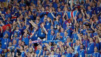 Aficionados islandeses alientan a su selección en debut mundialista