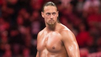 Big Cass en una lucha en la WWE