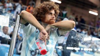 Un seguidor de Argentina se muestra triste tras el duelo contra Croacia