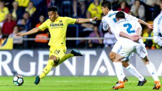 Roger Martínez remata en un juego con el Villarreal