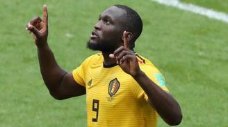Lukaku festeja gol contra Túnez
