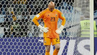 Willy Caballero se lamenta tras error en juego vs Croacia