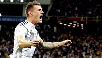 Toni Kroos celebra gol de último momento contra Suecia
