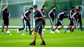 Juan Carlos Osorio, en un entrenamiento con México