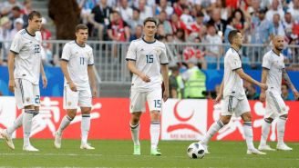 Jugadores rusos lamentan una anotación de Uruguay