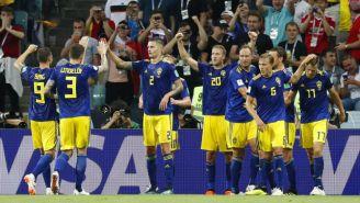 Suecia celebra luego de anotar ante Alemania