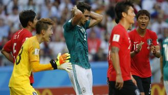 Mats Hummels se lamenta tras una jugada