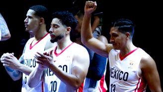 México celebra triunfo contra EU en el Gimanasio Olímpico Juan de la Barrera