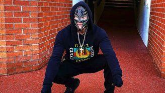 Mysterio durante su recorrido en el Estadio del Manchester United