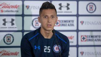 Roberto Alvarado habla en conferencia de prensa