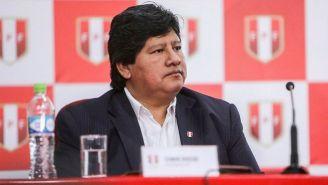 Edwin Oviedo, durante una conferencia de prensa