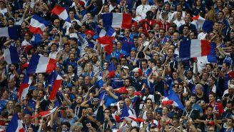 Aficionados apoyan a Francia en la Final de la Copa del Mundo