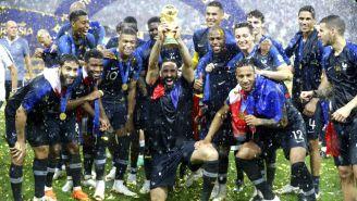 Francia celebra luego de coronarse Campeón de Rusia 2018