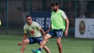 Oribe Peralta, en la práctica de América en Coapa