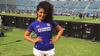 Sabrina fue porrista de la Máquina en el Estadio Azul