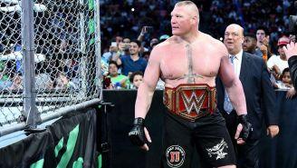 Brock Lesnar antes de una lucha en jaula contra Roman Reigns
