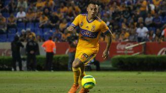 Eduardo Vargas en partido con Tigres de la UANL