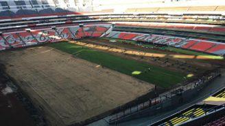 Estadio Azteca recibe el césped híbrido de cara al Apertura 2018