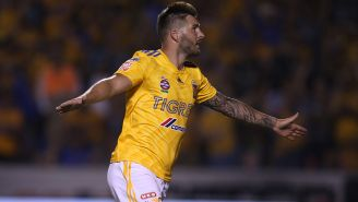 Gignac festeja el gol con Tigres