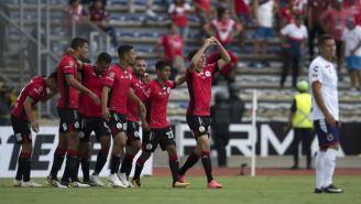 Mauro Lainez festeja su gol contra Veracruz