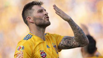 Gignac celebra gol contra Xolos