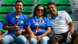 Afición de Cruz Azul en las tribunas del Coruco Díaz