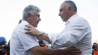 Memo Vázquez junto al Tuca Ferretti previo a un partido