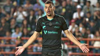 Gerardo Alcoba, durante un partido contra Pachuca